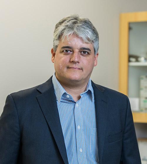 Dr. Bruno Blaya-Alvarez