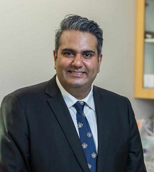 Dr Shivam Kapila